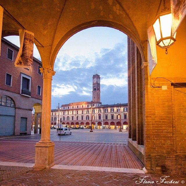 #PiazzaSaffi, #Forlì - Instagram by Flavio Facibeni, Forli Cesena Emilia Romagna