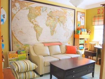 Maps are always a good idea.Decor, Schools Room, Kids Room, Living Room, Room Ideas, Homeschool Room, World Maps, Playrooms, Families Room