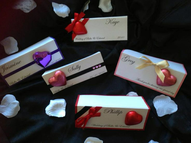 Chocolate Heart place cards - fantastic fit a budget wedding or birthday x