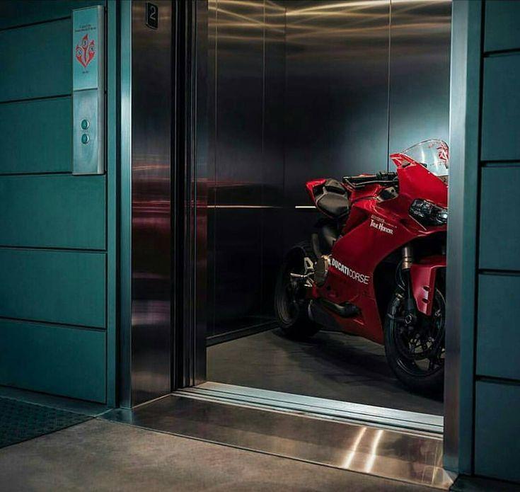 "ducatiobsession: ""Going up?? 😁👆 #ducatiobsession #Ducati #Superbike #WSBK #1299panigale #motorcycle #biker #ducatiusa #ducatisti #multistrada #motogpgirl #gprepost #adrenaline #weekend #saturday..."
