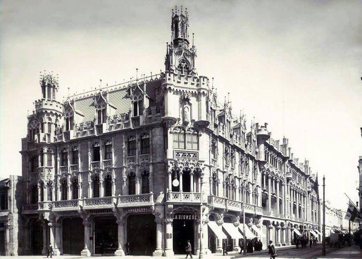 Palacio Undurraga en la esquina de Alameda de Las Delicias y calle Estado de Santiago, año 1925. (demolido en 1976)