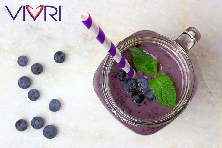 Flat belly #smoothie: 2 spoons vanilla #ShakeMe, 1 tablespoon almond butter, 1/2 cup frozen blueberries, 1/2 cup frozen pineapple, 1 cup kale, 3/4 cup water and ice #VIVRI #nutrition #fitness #shake #shakealo #recipe #fitness #meal #yummy #dessert