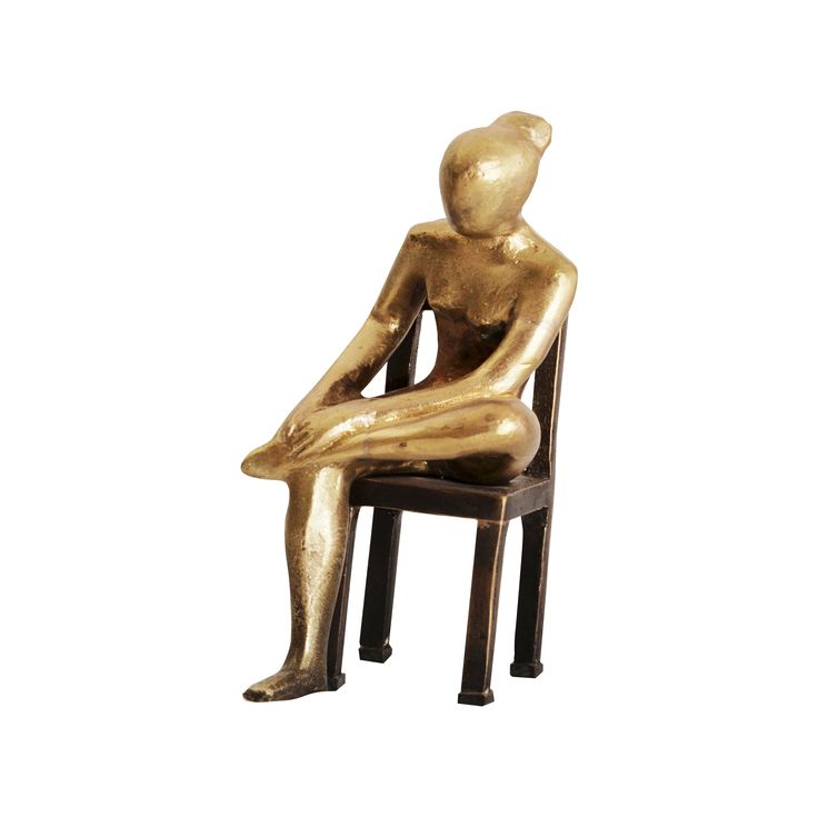 Sitting figure. Casted bronze. Louisa Dimitriou