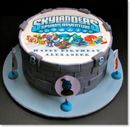 Xenias Cake Designs : skylanders cake Kids Pinterest