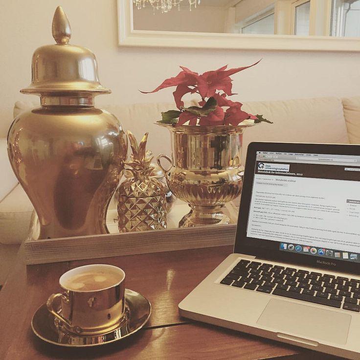 #gul #gold #coffee #coffeelove #kremmerhuset #homesweethome #lovemyhome @kremmerhuset