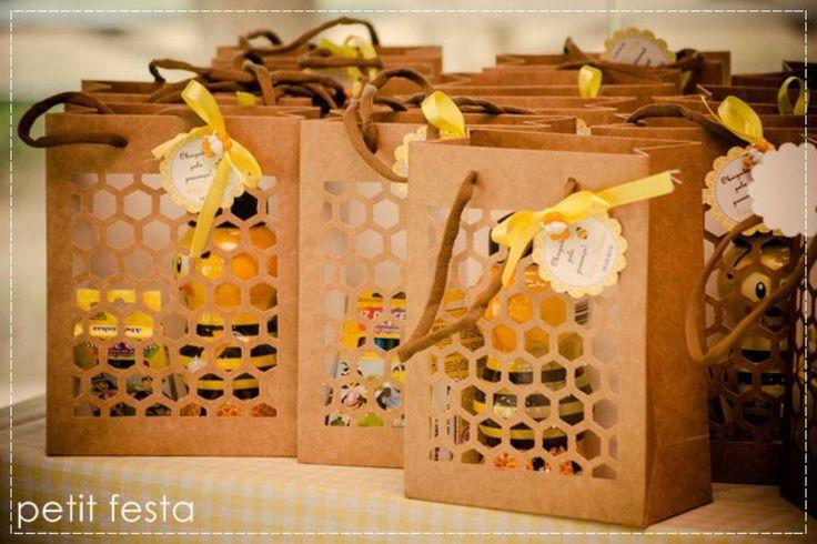 Petit Festa: Abelhinha - Bumblebee