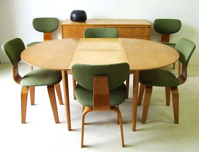 Uitschuifbare tafel Cees Braakman: UMS-Pastoe Furniture