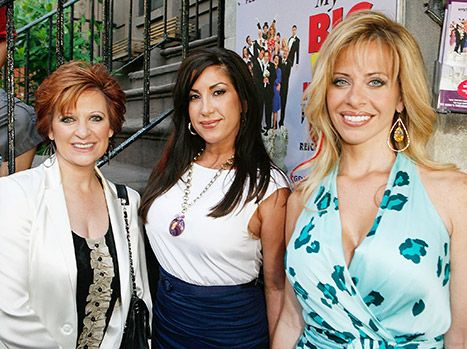 Caroline, Dina Manzo, Jacqueline Laurita Get Together For Christmas - Us Weekly