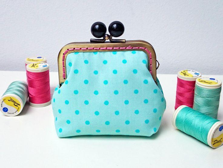 Mint dots purse