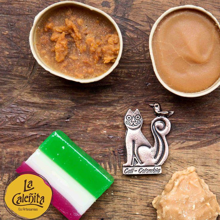 El manjarblanco, para los vallunos, siempre será una dulce tentación, tanto para grandes como para pequeños. Tu paladar se sentirá encantado. Encuentra las diferentes presentaciones y tamaños en nuestra sección de Mecato. 😍😋🍴 #ArtesaniasDeColombia #ArtesaniasColombianas #ManjarBlanco