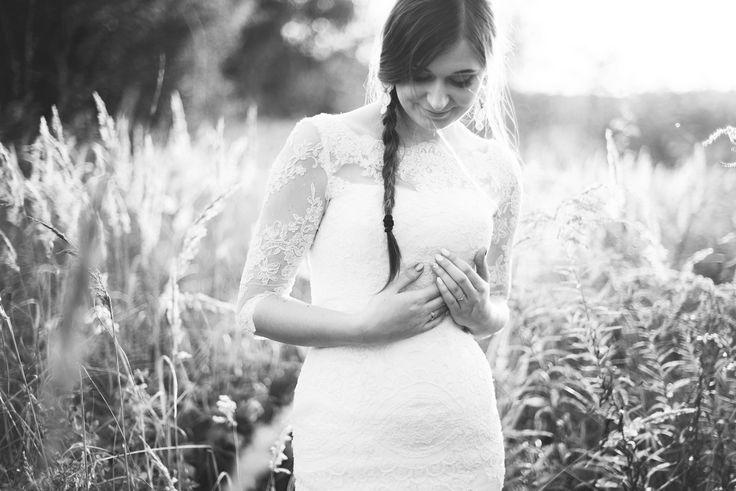 bride posing wedding session