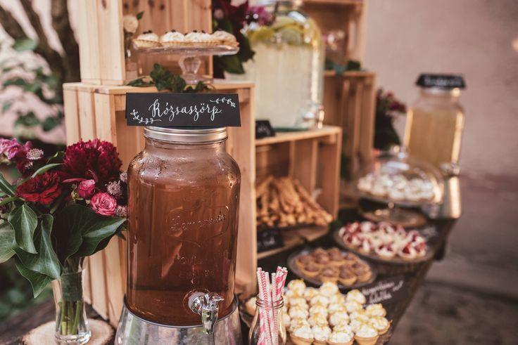 Ági&Attila's wedding - dessert table