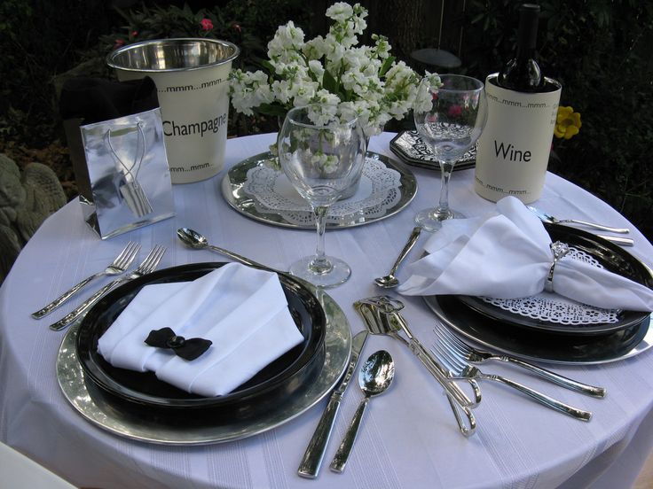 25 best ideas about Romantic Dinner Tables on Pinterest