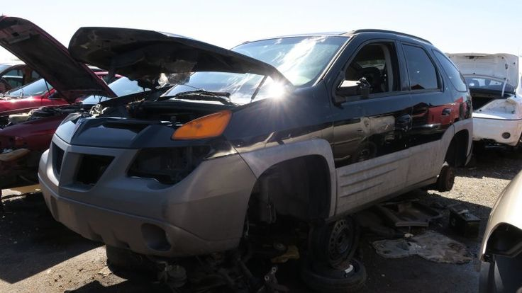 Junkyard Gem: 2001 Pontiac Aztek