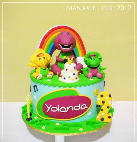 Barney and Friends  Cake by dianaxie