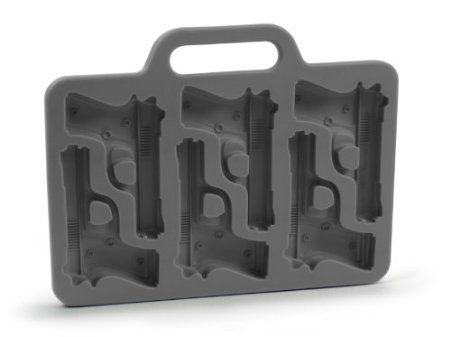 handgun ice cubes: Freeze Handgun Shap, Guns, Friends, Gifts Ideas, Ice Trays, Ice Cubs Trays, Ice Cube Trays, Handgun Shap Ice Cubs, Ice Cubes Trays