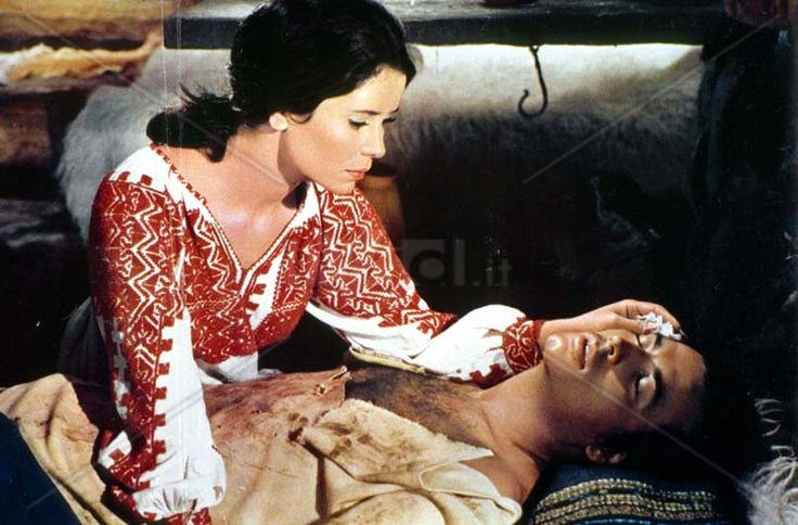 """Pierre Brice and Marie José Nat in the movie """"Daccii"""""""