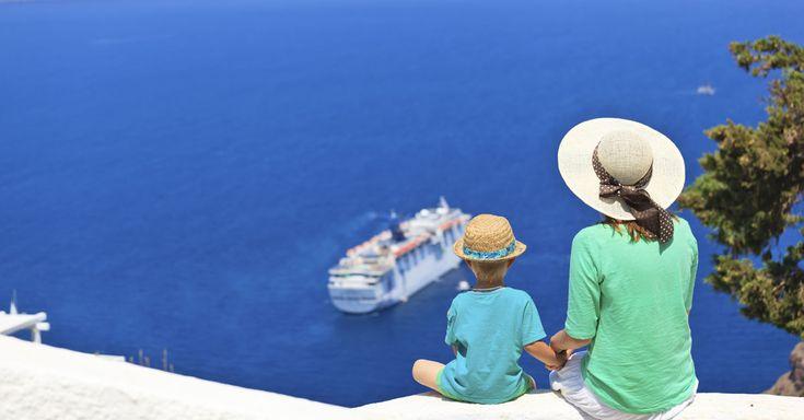 Det græske øhav lokker med ferie på stemningsfyldte græske øer, der har hver deres egen charme. Vi sætter i denne artikel fokus på fire af danskernes favoritøer, der alle er værd at besøge.