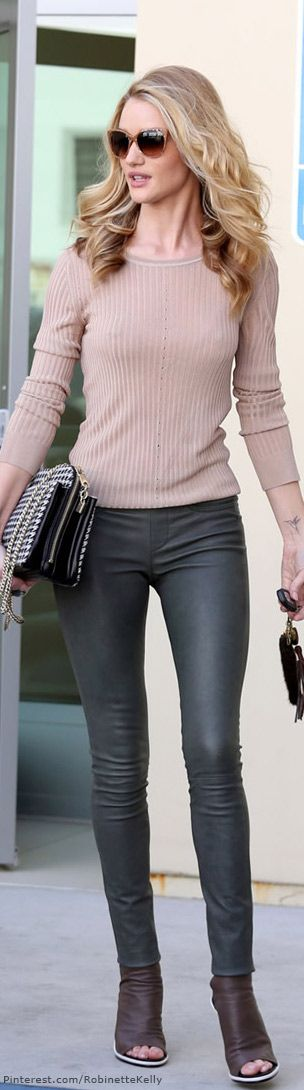 Street Style / Rosie Huntington..i dont like the shoes with this outfit