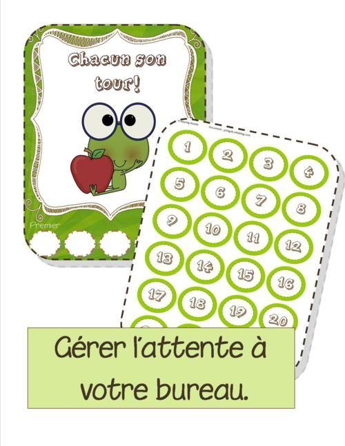 Ligne d'attente au bureau: chaque élève a son numéro qu'il place sur la liste d'attente affichée au tableau ou près du bureau.. Chacun son tour!