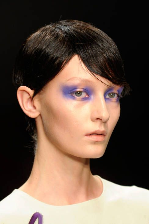 Antoni & Alison Spring 2013 Ready-to-Wear Beauty - Antoni & Alison Ready-to-Wear Collection - ELLE. Love this