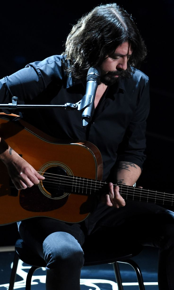 """If the Oscars' In Memoriam Segment Doesn't Make You Cry, Dave Grohl's """"Blackbird"""" Cover Will"""