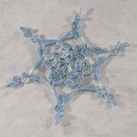 Crochet Snowflake Pattern. Anything with snowflakes, I love