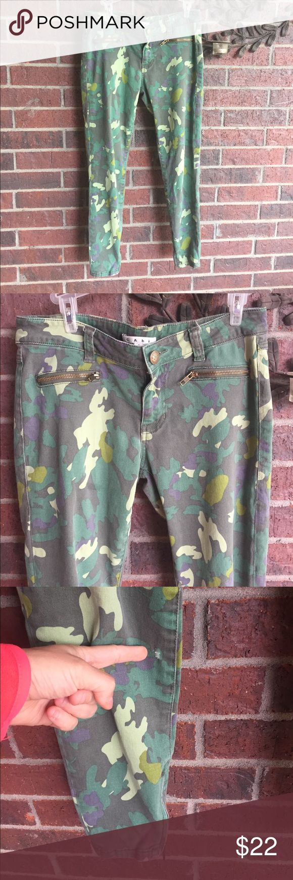 CAbi Style 766 Size 6 camouflage skinny pants Jean There are two small holes I've found. One is below the belt loop and the other is on the bottom leg. Please see pics.  These are still very cute and wearable!  (451) CAbi Pants Skinny