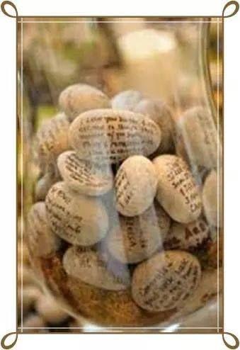 voor een verjaardag of jubileum of wat dan ook, laat op iedere steen een wens schrijven