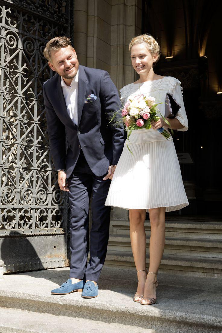 Hochzeitskolumne: Unsere Standesamtliche Hochzeit | Wedding Outfit ...