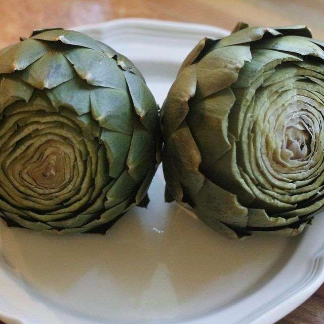 How to Steam Artichokes in a Microwave