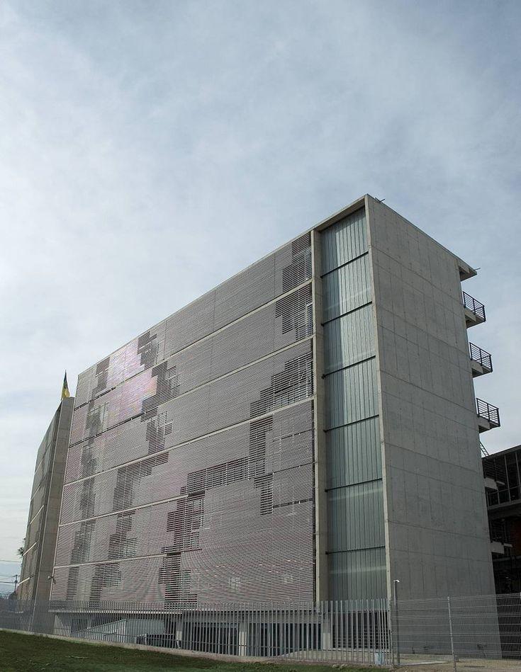 Galeria de Duoc Puente Alto / Sabbagh Arquitectos - 1