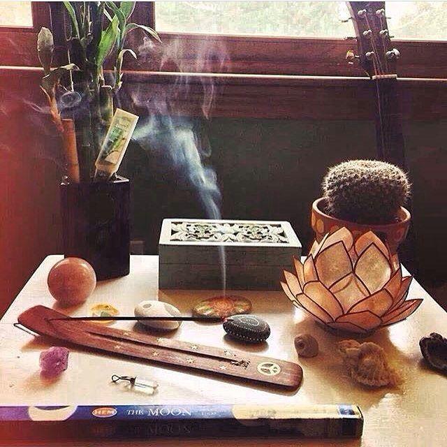 Boas energias ⭐️✨ Bom Dia!!!  #modahippie #hippie                              …