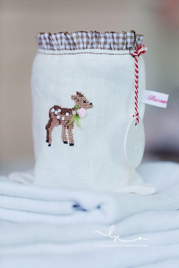 Bambi, Reh, Lichterglas, bestickt, acufactum, Lillemor & Rosenresli (www.lillemor-rosenresli.de)