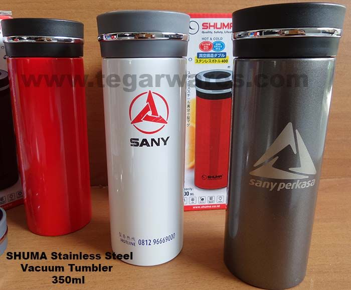Termos SHUMA Stainless Steel Vaccuum Tumbler 350ml. The ideal choice to serve as a souvenir or gift for the automotive and truck, as well as the sale and rental of heavy equipment. Can be distributed as merchandise to purchase new units or distributed to employees and field workers. merchandise vaccuum this flask is important for field workers as a warm or cold beverage containers.