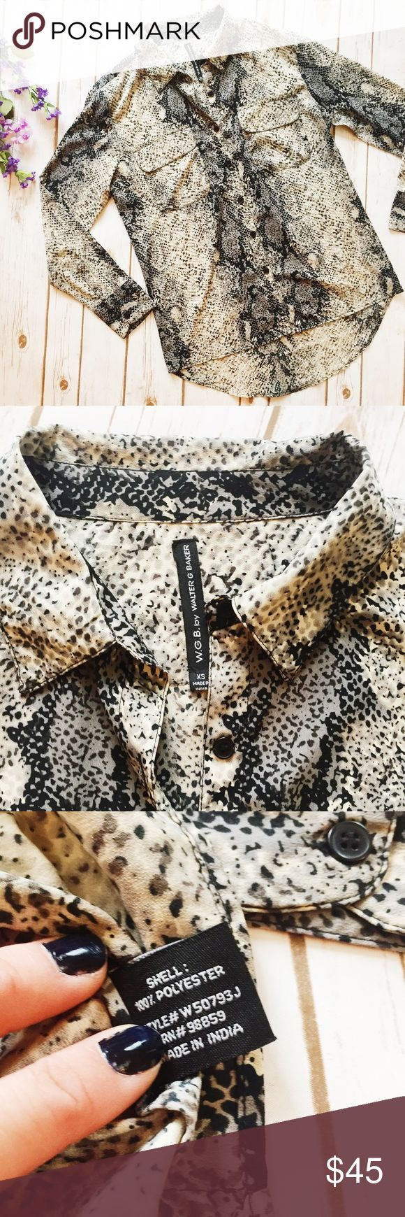 WGB By Walter Baker || Snake Print Button Down ★ Excellent Condition   ★ Reasonable Offers Accepted  ★ Measurements Available upon Request  ★ NO TRADES ★ NO MODELING (22bhro) Walter Baker Tops Button Down Shirts