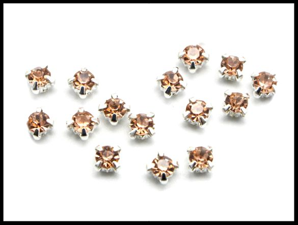 15 petits strass sertis champagne 4 mm / strass à coudre