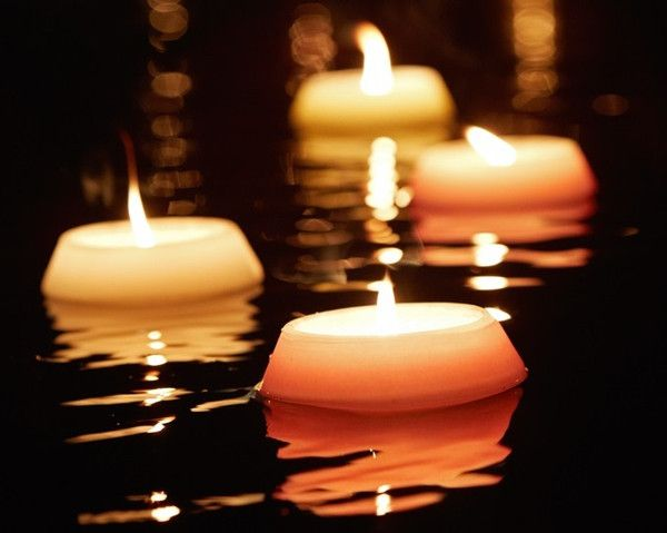 19 best images about home floating candles on pinterest shops planning a wedding and for Floating candles swimming pool wedding