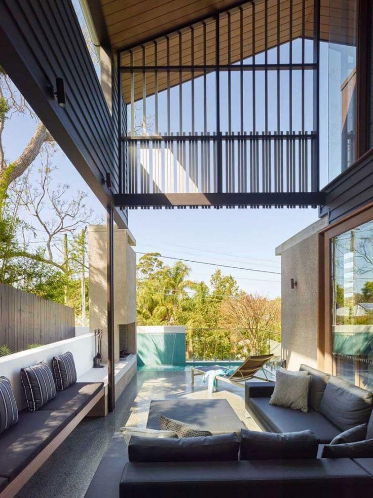 Balcony Mackay Terrace by Shaun Lockyer Architects
