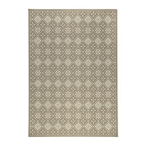 IKEA - SNEKKERSTEN, Koberec, nízký vlas, Díky syntetickým vláknům je koberec odolný a snadno se čistí.Ideální do obývacího pokoje nebo pod jídelní stůl – hladký povrch koberce se snadno vysává a usnadňuje vysouvání židlí.