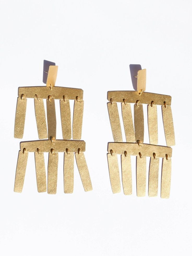 Annie Costello Brown - Roma Chandelier Earrings - Gold