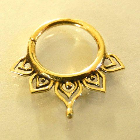 Leaf Brass Septum Ring – Septum Jewelry – Septum Piercing – 16G Septum Ring – Tribal Septum Ring – Tragus Ring – Indian Septum Ring (B26)