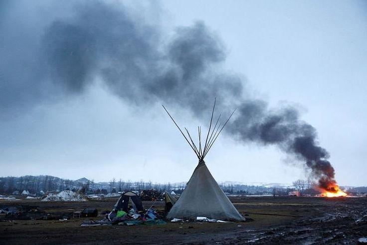 4 banques françaises soutiennent Donald Trump qui expulse les Sioux du Dakota - Le blog de Roger Colombier
