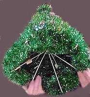 Coat Hanger Christmas Tree - Free Craft Project