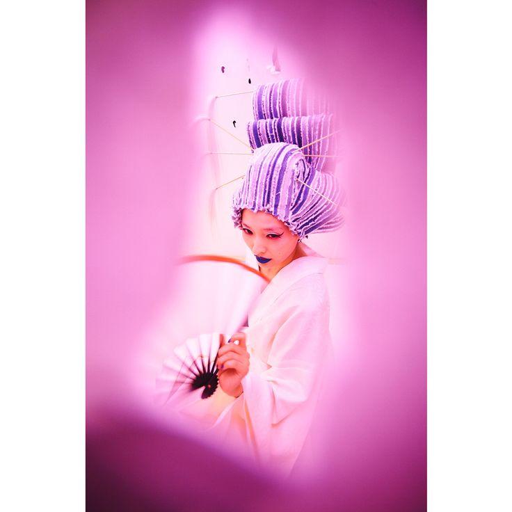 . . NIXON ART MOSH JAPAN 👚🍬🌸👛🍧🎟🎀👚 . SAKIEがデニムウイッグ製作をしております👖 . ______________________________________ #wigsakie #sakiewig #sakie #wig #denim #denimwig  #ウィッグ #かつら #デニム #nixon #nixonartmosh #japan #art #mosh #ニクソン #アート #japanesestyle #pink #和風 #ピンク #かんざし #芸術 #global