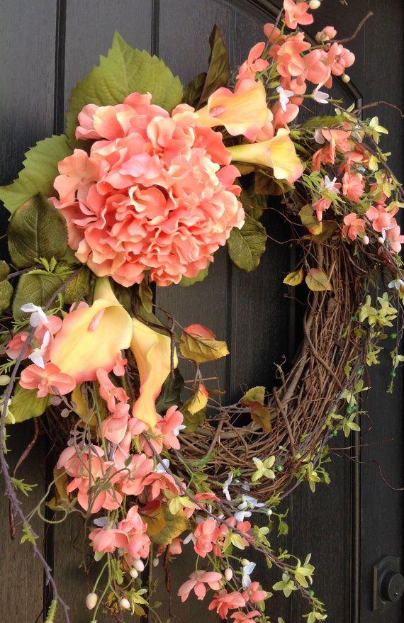 Lente krans krans van de zomer bloemen wit groene takken deur
