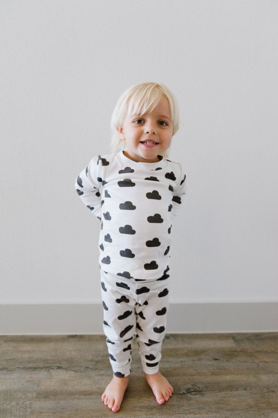 Welcome to HelloSunday! Our baby and toddler pajamas are made from the softest 100% organic cotton and come in hip colors and styles for your