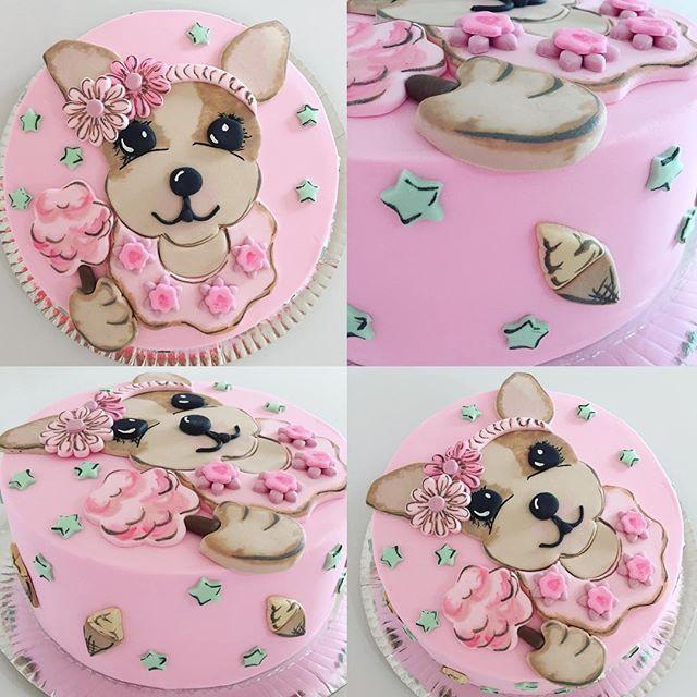 Torta con la perrita de Simones @simonesbags para el primer añito de Pilar!!! ⭐️⭐️ #mix #cake #cakedesign #simones #dog #cumpleaños #primerañito #birthdaycake #pink
