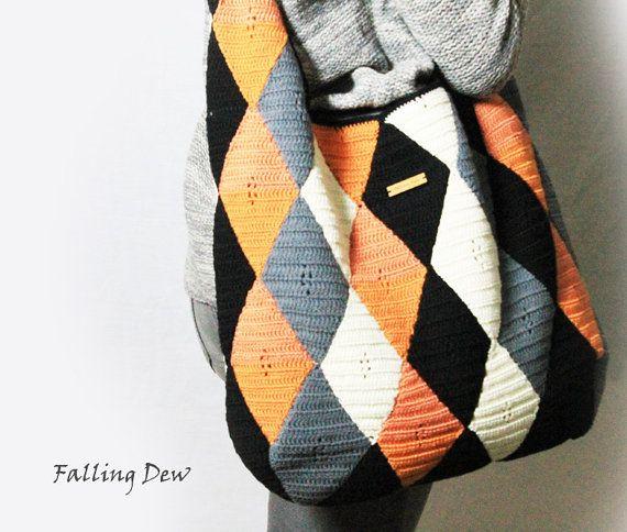 Hey, I found this really awesome Etsy listing at https://www.etsy.com/listing/259847841/crochet-handbag-hobo-shoulder-bag