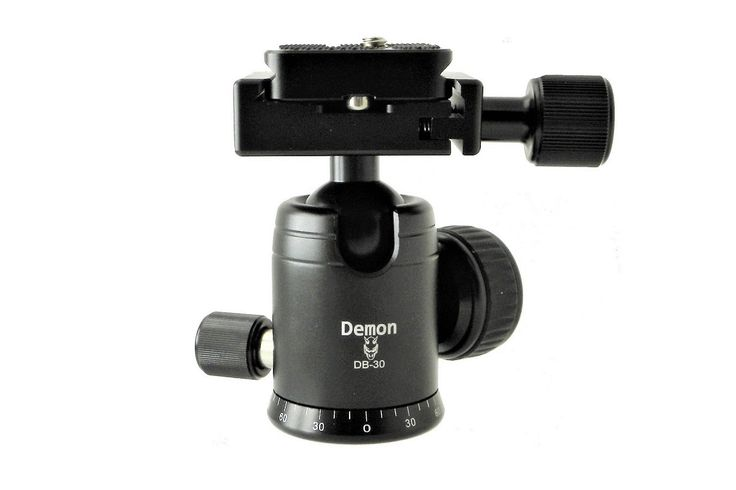 Announcement of the Demon DB-30 Mini budget Ball Head with pan lock, Arca-Swiss® compatible clamp and plate.   #ballhead   #desmond   #arcaswisscompatible   #news   #announcement   #budget